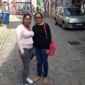 Gladix Hernandez und Dilcia Vasquez in der Marburger Oberstadt